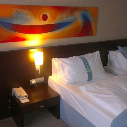 Photo taken at Holiday Inn by Mihaly O. on 5/23/2012