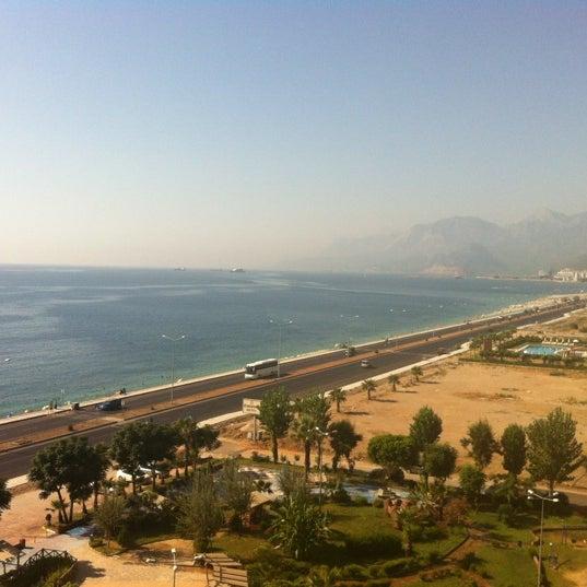Das Foto wurde bei Harrington Park Resort Hotel von Саша В. am 9/7/2012 aufgenommen