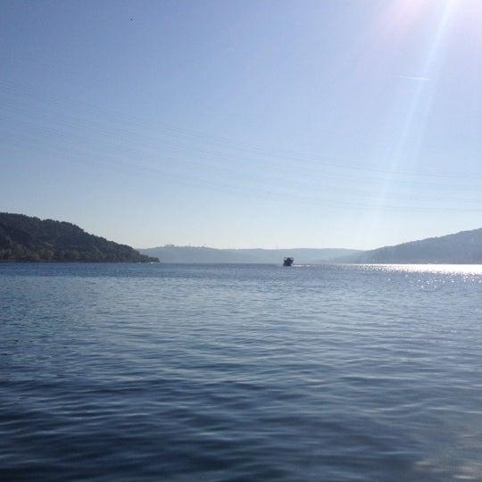 5/1/2012 tarihinde C. C.ziyaretçi tarafından Çapari Restaurant'de çekilen fotoğraf