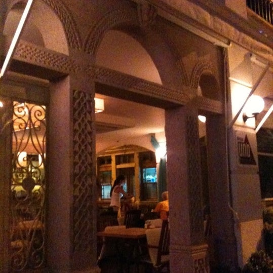 9/2/2012 tarihinde Handan A.ziyaretçi tarafından Uno Restaurant'de çekilen fotoğraf