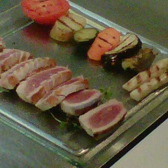 5/7/2012 tarihinde Roberto B.ziyaretçi tarafından Laguna Sky Restaurant'de çekilen fotoğraf