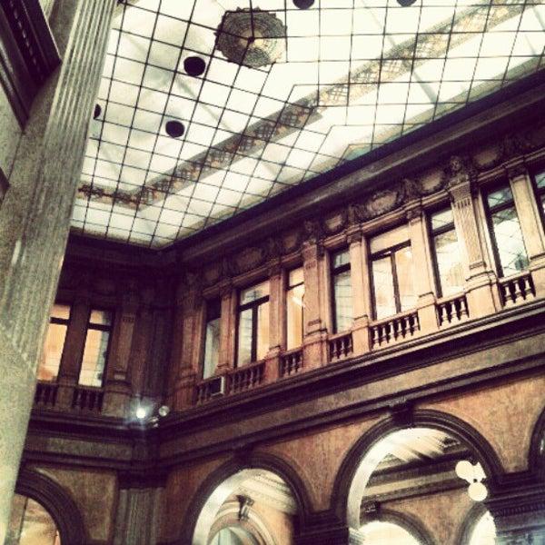 Foto scattata a Galleria Alberto Sordi da Simona G. il 5/17/2012