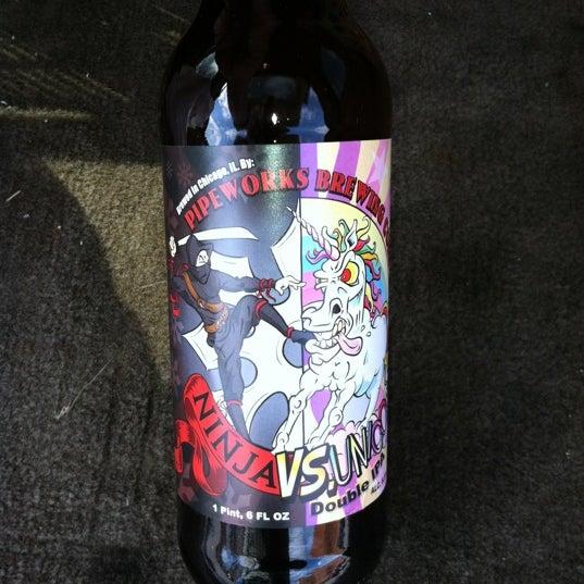 รูปภาพถ่ายที่ Binny's Beverage Depot โดย Jim F. เมื่อ 3/7/2012