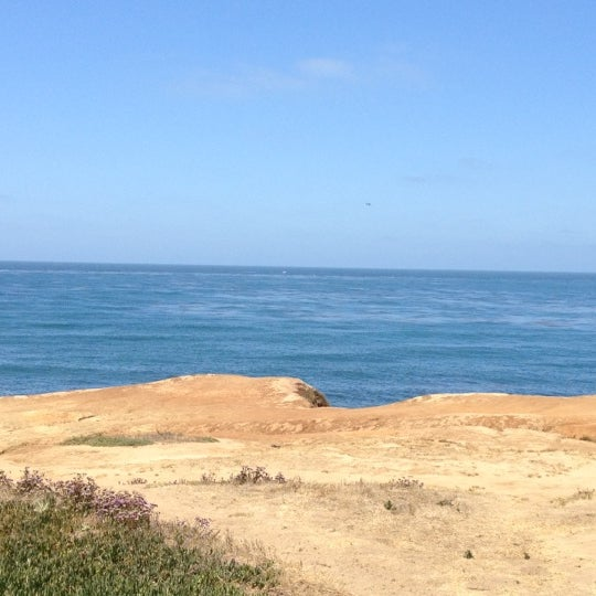 Foto tirada no(a) Sunset Cliffs Natural Park por Brandy L. em 6/27/2012