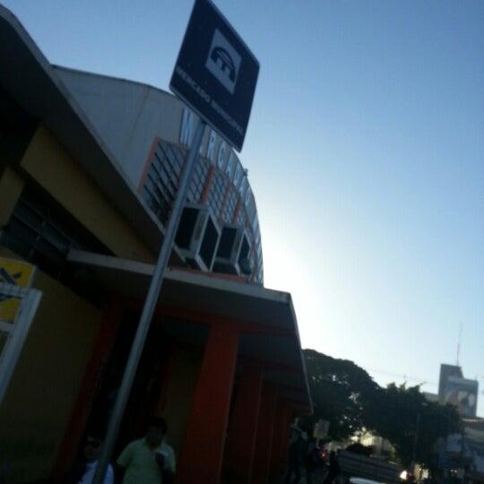 Photo taken at Mercado Municipal Antônio Valente by Roberto R. on 8/4/2012