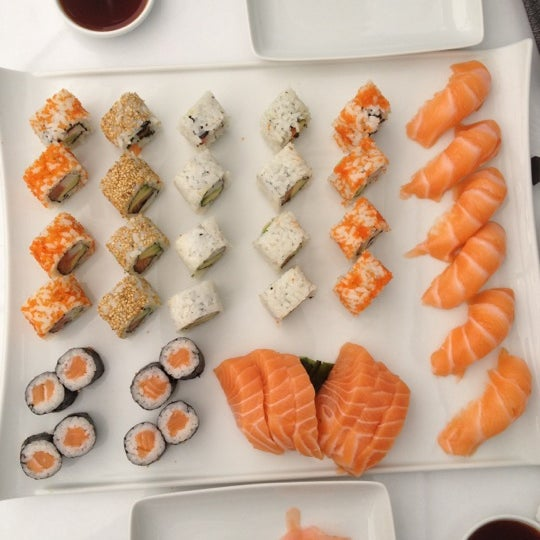 Sushi box sushi restaurant for Cuisine yousra