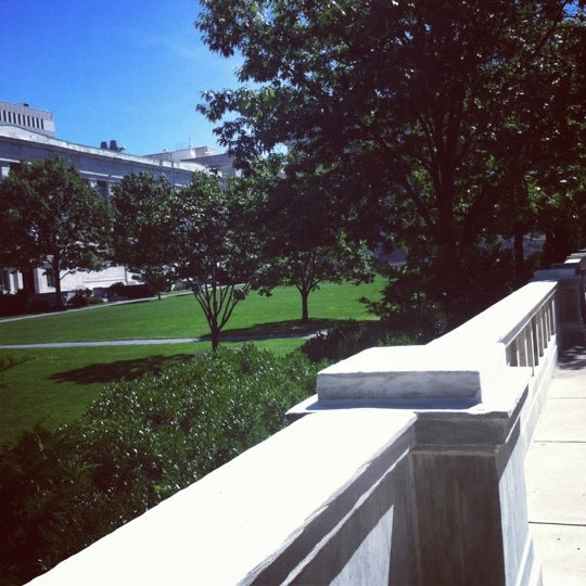 Photo taken at Harvard Medical School Quadrangle by kiran k. on 8/6/2012