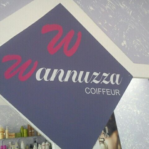 Wanuzza coiffeur for Coiffeur salon nyc