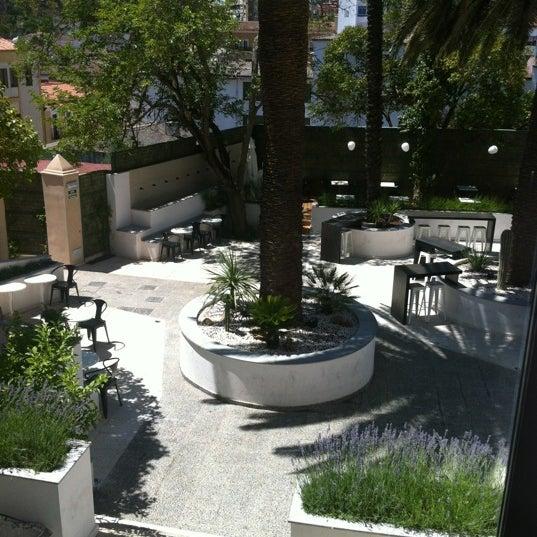 Foto tomada en Mastropiero Gastrobar y Jardín por Javier B. el 7/1/2012