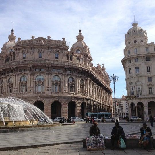 Foto scattata a Piazza de Ferrari da Michele F. il 3/12/2012