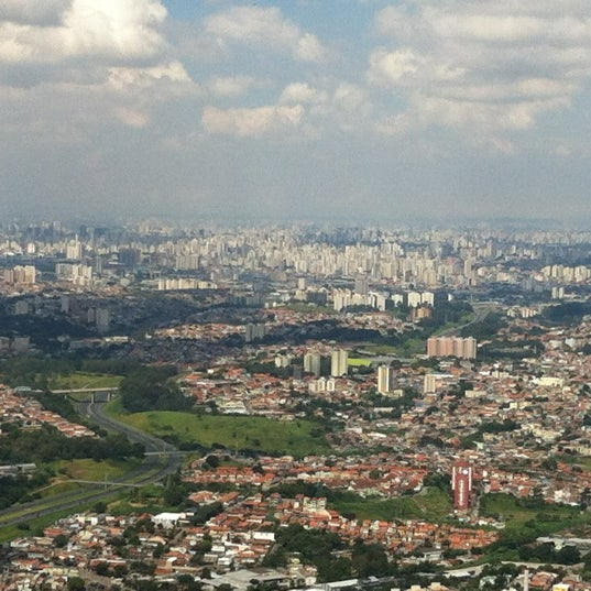 Photo taken at Parque Estadual do Jaraguá by Dias A. on 3/25/2012