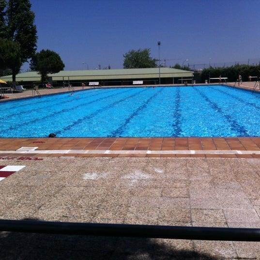 fotos en piscina del polideportivo municipal de hortaleza