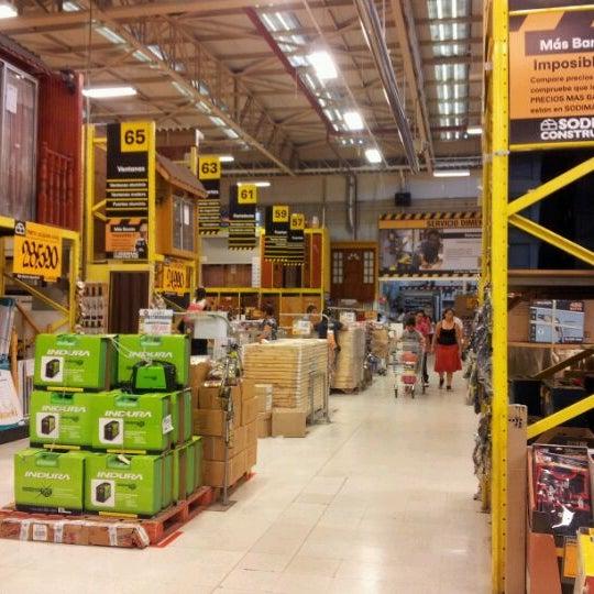 Photo taken at Homecenter Sodimac by Daniel R. on 2/14/2012