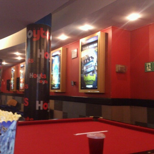 Photo taken at Cine Hoyts by Kocolex on 7/6/2012