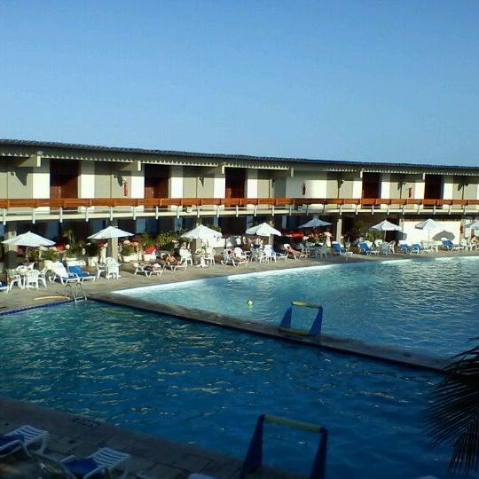 Foto tirada no(a) Tropical Hotel Tambaú por Leandro M. em 2/4/2012