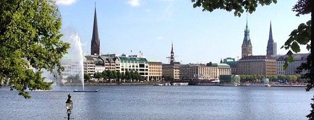 Binnenalster is one of Alles in Hamburg.
