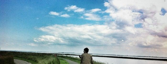 Holysloot is one of I ♥ Noord.