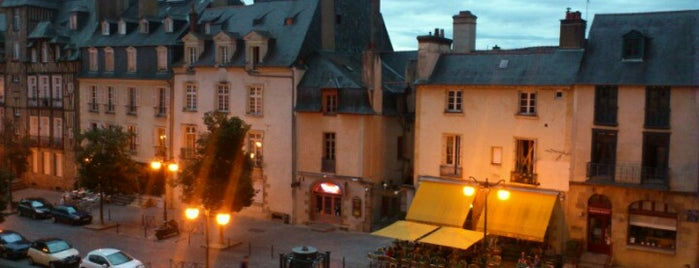 Place des Lices is one of The best after-work drink spots in RENNES.