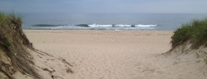 Atlantic Avenue Beach is one of Best Places In Amagansett.