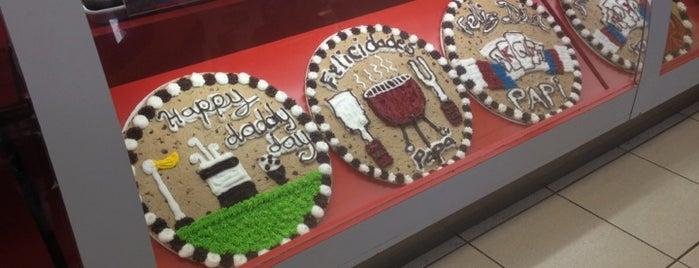 Great American Cookies is one of Lugares en gdl que hay que ir.