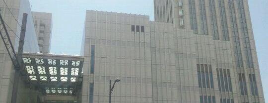 よこすか芸術劇場 is one of ライブ、イベント会場.