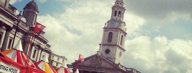 St Martin-in-the-Fields is one of Summer in London/été à Londres.