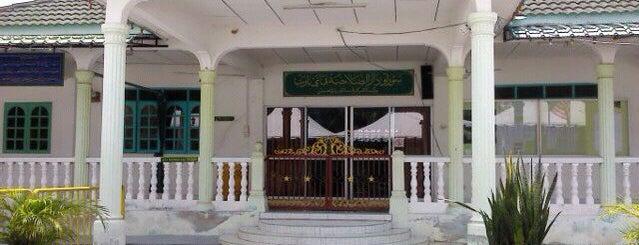 Surau Darussolahiyyah Paya Barat is one of Baitullah : Masjid & Surau.