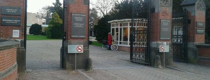 De Nieuwe Ooster Begraafplaats & Crematorium is one of 24H Oost.