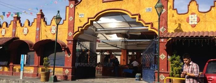 Mercado de Comida Típica El Alto is one of Puebla #4sqCities.