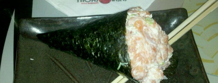 Sushi Show is one of Henri's TOP Japanese Food.