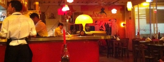 Pizza Sur Liberdade is one of Ir em BH.