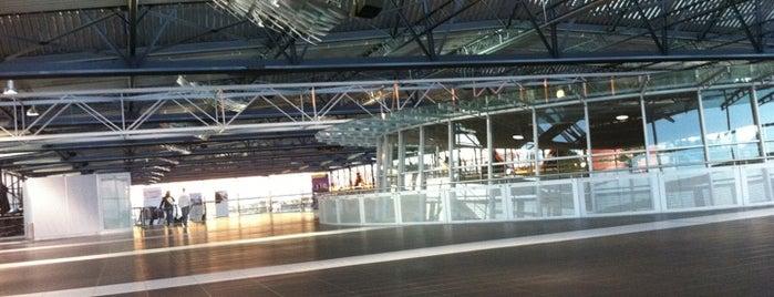 Flughafen Dresden International (DRS) is one of World Airports.