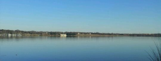 White Rock Lake is one of SARA! MICHELLE! TEXAS! All good things here...