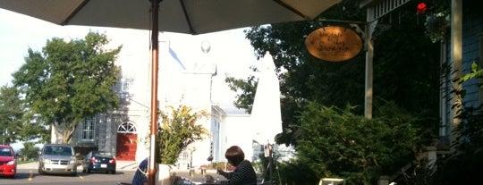 Du Cote De Chez Swann is one of Endroits chouchous.
