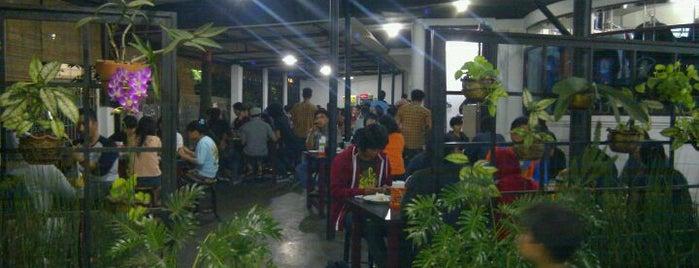 Rumah Makan Legoh is one of Bandung Food Foursquare Directory.