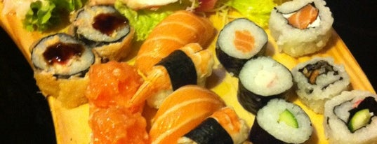 Akaza Sushi Lounge is one of Henri's TOP Japanese Food.