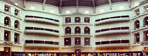State Library of Victoria is one of Love In Dear Melbourne.