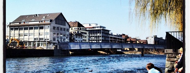 Limmatufer is one of Zurich Guide.