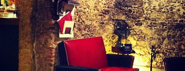 Cruzes Credo Café is one of Startup lisboa city guide: foods & drinks.