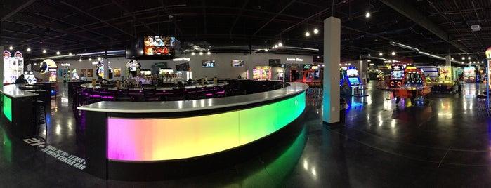 Scene75 Entertainment Center is one of Cincinnati.