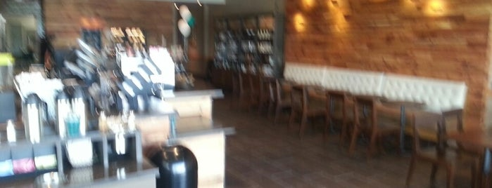 Starbucks is one of Must-visit Food in Chantilly.