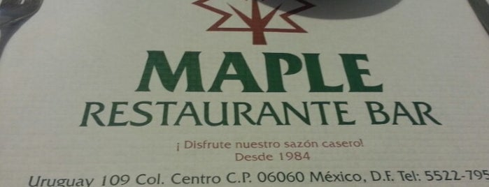 Restaurante Bar Maple is one of comer rico.