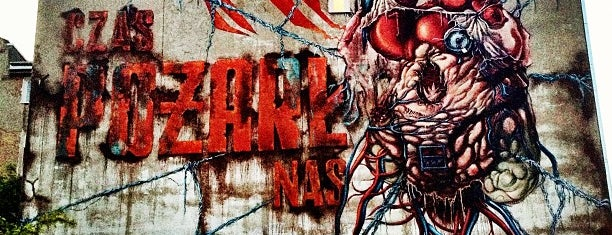 """Mural """"Czas Pożarł Nas"""" (Lump) is one of Łódzkie Murale."""