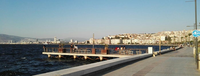 Günbatımı İskelesi is one of Özledikçe gideyim - İzmir.