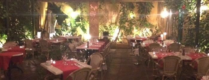 Zozoi Restaurant is one of Restaurantes Malaga.