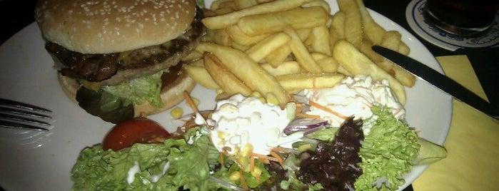 Kennedy's Irish Bar & Restaurant is one of BurgerMUC.