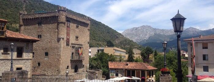 Casa Angel is one of Guía de Cantabria.