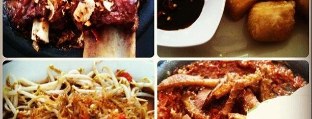 Warung Léko is one of Kuliner Malang.