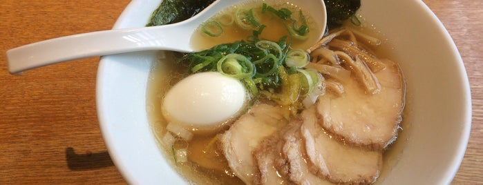 Ippudo is one of 兎に角ラーメン食べる.