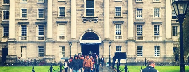 Trinity College is one of Nipping About.